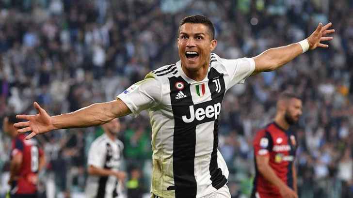 Cristiano Ronaldo action for Juventus